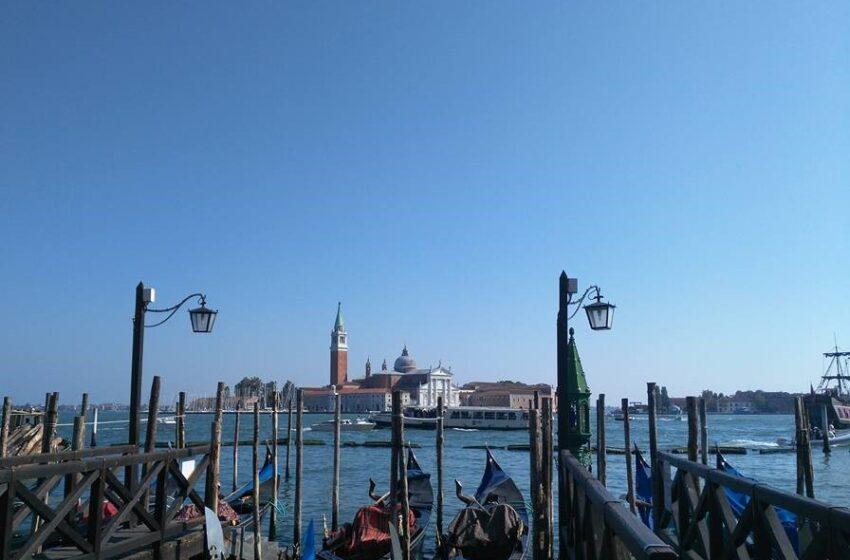 Si trova a Venezia l'albergo più antico d'Italia.